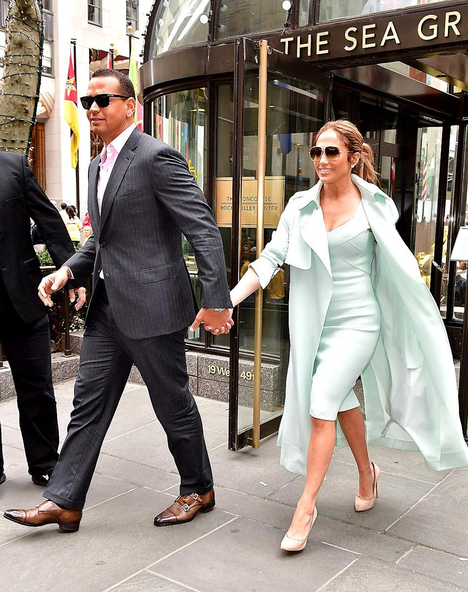 <p>Look, J-Rod is already color-coordinating outfits! The two continued their PDA tour with lunch at Rockefeller Center in the Big Apple. (Photo: James Devaney/GC Images) </p>