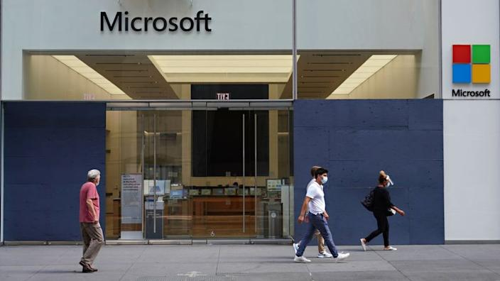 New guidance sent to Microsoft staff indicated that working fro home could become permanent for employees, if their manager agreed