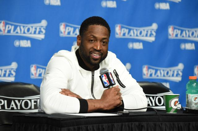 d1ec5cfa77a Report: Dwyane Wade To Reunite With LeBron James On Cleveland Cavaliers