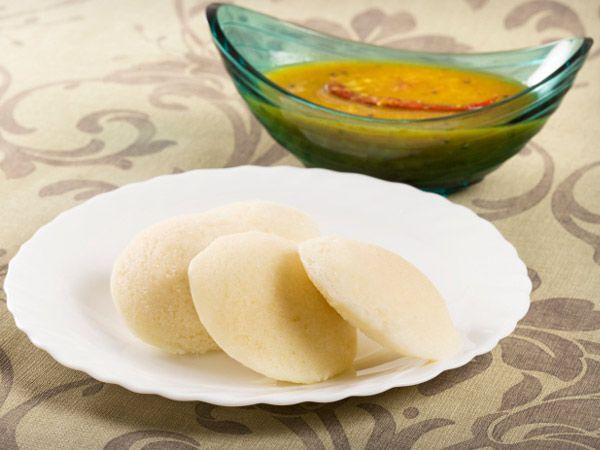 <p><strong>Idli</strong>: Idlis are full of vitamins, minerals and carbohydrates. They are prepared with no oil or masala, which makes them a very healthy alternative. Try eating your idli with honey, nutela or peanut butter if you are too lazy to make the chutney.</p>