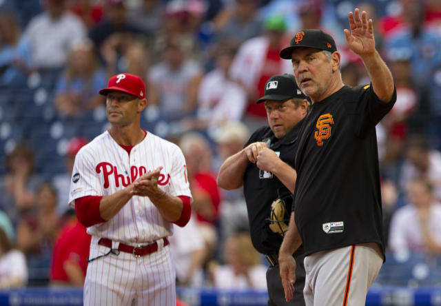 """Former <a class=""""link rapid-noclick-resp"""" href=""""/mlb/teams/philadelphia/"""" data-ylk=""""slk:Phillies"""">Phillies</a> manager Gabe Kapler (left) is reportedly interviewing to replace Bruce Bochy as Giants manager. (Getty)"""