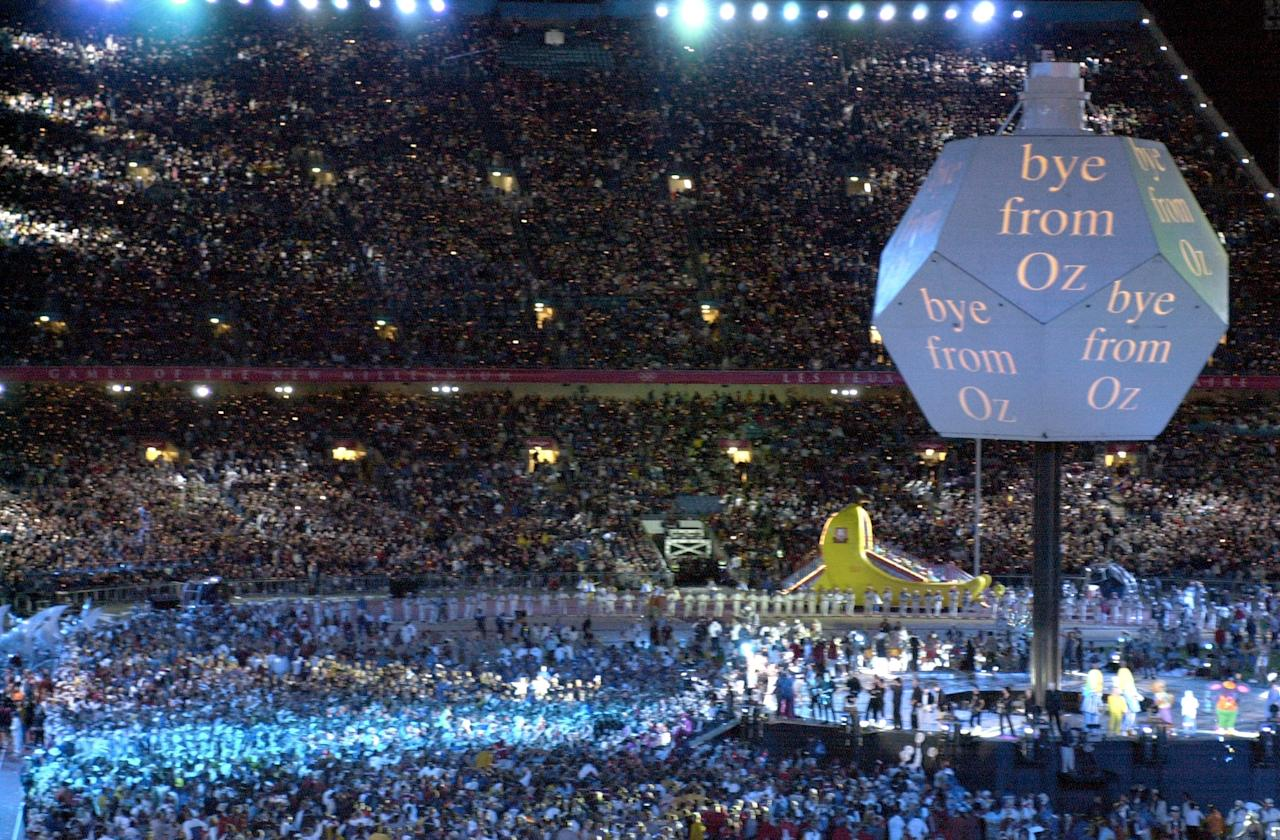 1 Oct 2000: General View of the Closing Ceremony at the Olympic Stadium on day 16 of the Sydney 2000 Olympic Games in Sydney, Australia. \ Mandatory Credit: Mark Dadswell /Allsport
