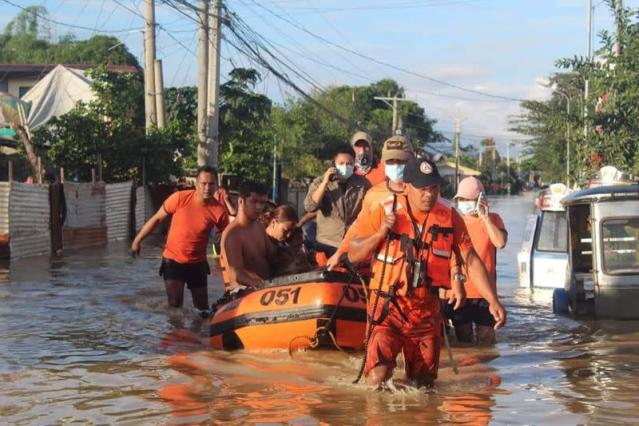 Philippines Scrambles to Rescue Thousands in Northern Province After Typhoon Vamco