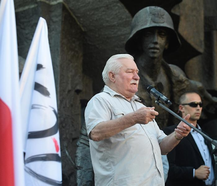Polish former President and Nobel Peace Prize winner Lech Walesa spoke at a demonstration on Wednesday in support of Poland Supreme Court's chief justice Malgorzata Gersdorf (AFP Photo/ADAM CHELSTOWSKI)