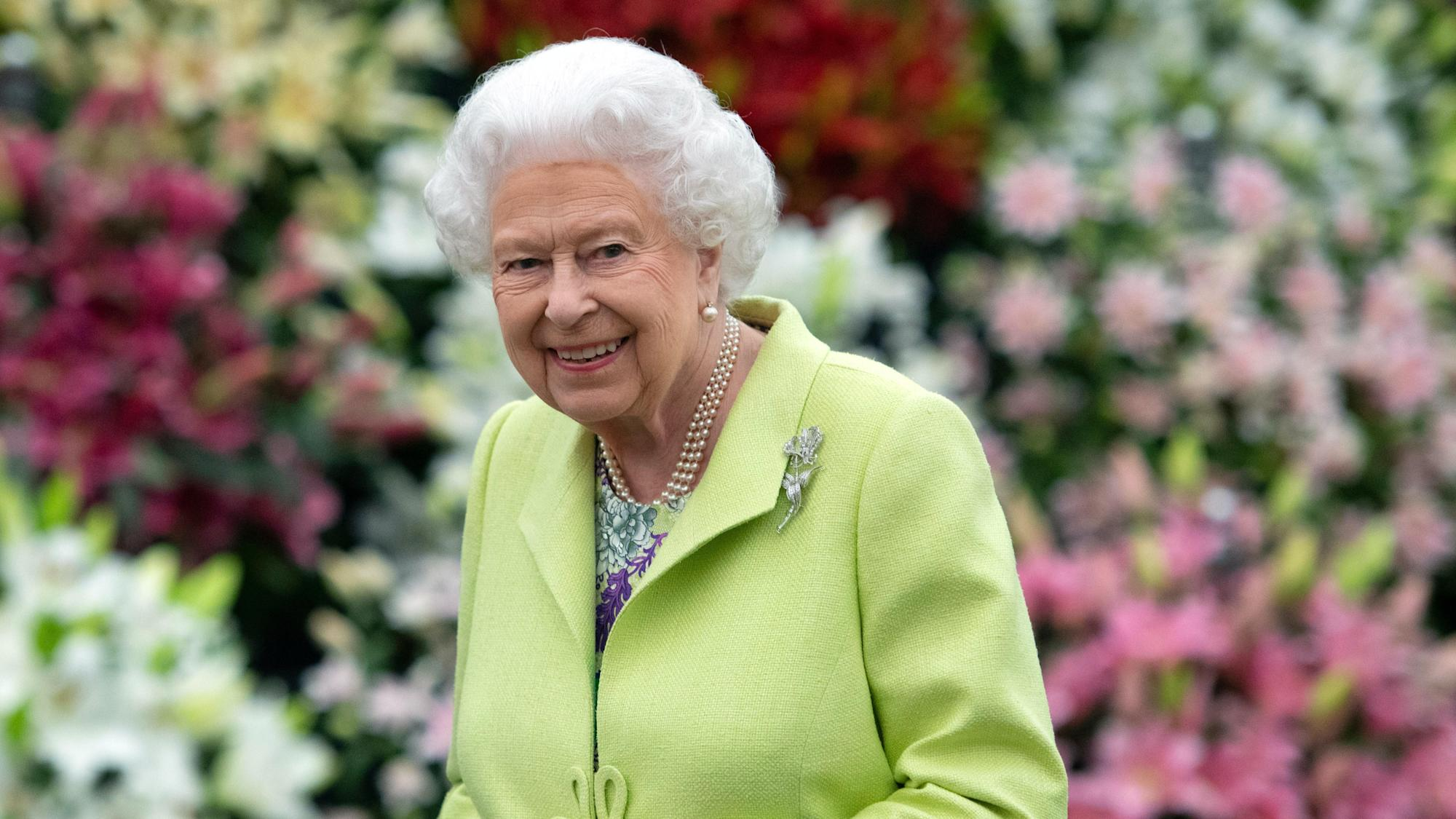 Government mindful that money spent wisely on Queen's Jubilee plans, says Dowden