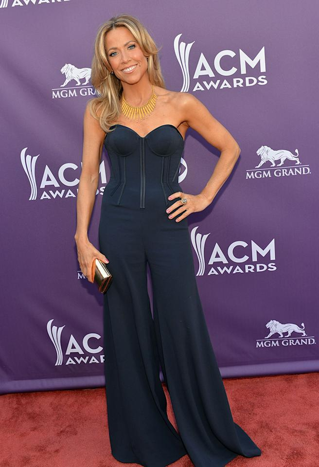 LAS VEGAS, NV - APRIL 07:  Singer Sheryl Crow attends the 48th Annual Academy of Country Music Awards at the MGM Grand Garden Arena on April 7, 2013 in Las Vegas, Nevada.  (Photo by Rick Diamond/ACMA2013/Getty Images for ACM)