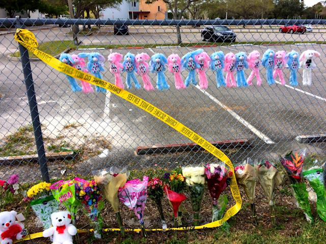 <p>A makeshift memorial is seen on a fence outside Marjory Stoneman Douglas High School , Feb. 19, 2018 in Parkland, Fla. (Photo: Mindy Katzman/Yahoo News) </p>