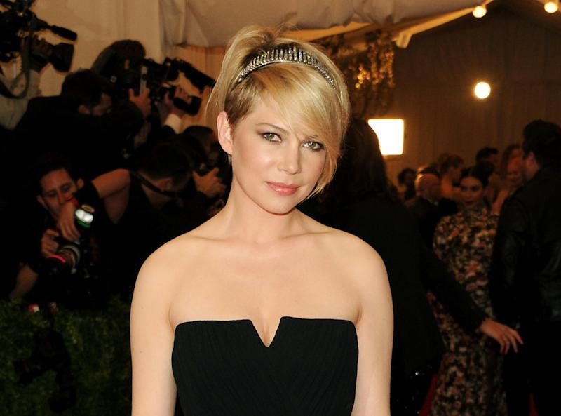 "FILE - This May 6, 2013 file photo shows actress Michelle Williams at The Metropolitan Museum of Art Costume Institute gala benefit, ""Punk: Chaos to Couture"" in New York. Williams will make her Broadway debut in a role best known by Liza Minnelli _ party girl Sally Bowles in ""Cabaret."" The Roundabout Theatre Company confirmed Wednesday, Sept 4, that the former ""Dawson's Creek"" and ""Brokeback Mountain"" star will join Alan Cumming in the revival. Previews will begin March 21 with an opening set for April 24 at the Studio theater 54 on Broadway. (Photo by Evan Agostini/Invision/AP, File)"