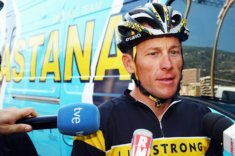 MONACO - JULY 02: Lance Armstrong of the USA and Astana prepares to train with his team in preparation for 2009 Tour de France which begins on saturday, on July 2, 2009 in Monaco, Monaco. (Photo by Bryn Lennon/Getty Images)