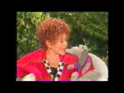 """<p><a href=""""https://www.countryliving.com/life/entertainment/a43737/shari-lewis-marriage/"""" rel=""""nofollow noopener"""" target=""""_blank"""" data-ylk=""""slk:Shari Lewis"""" class=""""link rapid-noclick-resp"""">Shari Lewis</a> was back at it again with <em>Lamb Chop's Play-Along!</em> from 1992-1995. </p><p><a href=""""https://www.youtube.com/watch?v=wnih6eyogEs"""" rel=""""nofollow noopener"""" target=""""_blank"""" data-ylk=""""slk:See the original post on Youtube"""" class=""""link rapid-noclick-resp"""">See the original post on Youtube</a></p>"""