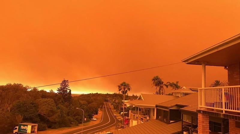 Smoke fills the sky in Port Macquarie