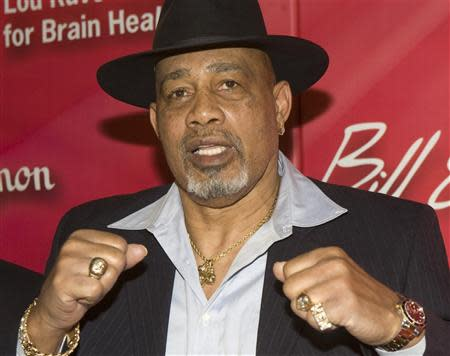 """Former heavyweight boxer Ken Norton arrives for the 16th annual Keep Memory Alive """"Power of Love Gala"""" and 70th birthday celebration for Muhammad Ali at the MGM Grand Garden Arena in Las Vegas, Nevada in this February 18, 2012 file photo. REUTERS/Steve Marcus/files"""