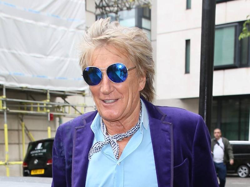 Rod Stewart and son plead not guilty to battery charges