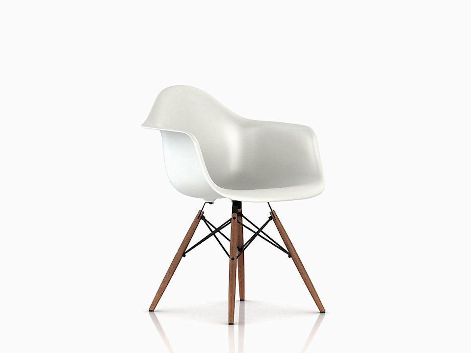 """<p><strong>Charles and Ray Eames</strong></p><p>hermanmiller.com</p><p><strong>$695.00</strong></p><p><a href=""""https://go.redirectingat.com?id=74968X1596630&url=https%3A%2F%2Fstore.hermanmiller.com%2Fdining%2Fdining-chairs%2Feames-molded-plastic-dowel-leg-armchair-daw%2F1980.html%3Flang%3Den_US%23mrkgcl%3D583%26mrkgadid%3D3277049985%26rkg_id%3D0%26creative%3D50000959417%26device%3Dc%26matchtype%3Db%26network%3Dg%26gclid%3DCj0KCQiApt_xBRDxARIsAAMUMu8sDIJgvKoEWvXaBdTxkbngJJJCGsDaN43S1HJBCWszTNywlxkpfusaAk0QEALw_wcB%26gclsrc%3Daw.ds%26start%3D1&sref=https%3A%2F%2Fwww.housebeautiful.com%2Fdesign-inspiration%2Fg30750815%2Fchair-types-styles-designs%2F"""" rel=""""nofollow noopener"""" target=""""_blank"""" data-ylk=""""slk:Shop Now"""" class=""""link rapid-noclick-resp"""">Shop Now</a></p><p>Another result of Charles and Ray Eames's constant experimentation, the molded plastic chair—available from Herman Miller as both an arm and side chair—is made of polypropylene molded into an ergonomic shell. First designed for MoMA's 1948 International Competition for Low-Cost Furniture Design, the seats set a new standard for (relatively) inexpensive furniture that could easily be mass-produced. </p>"""