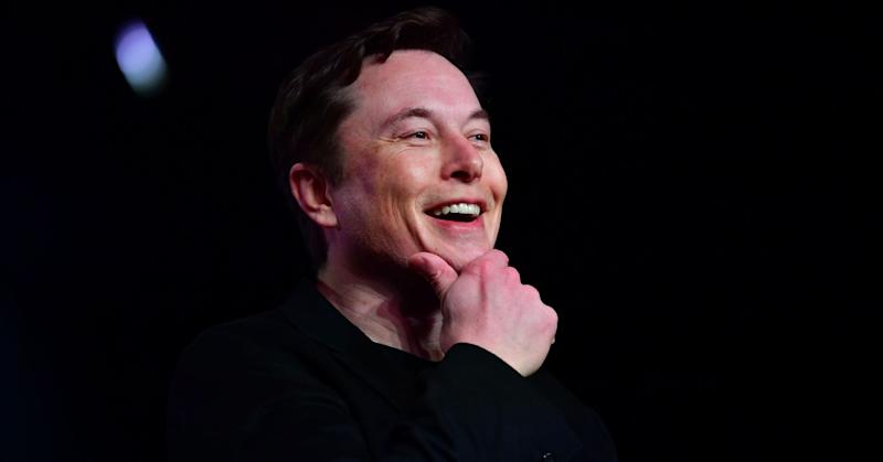 Read Tesla CEO Elon Musk's email to employees where he says the company made an average of 900 Model 3s per day this week