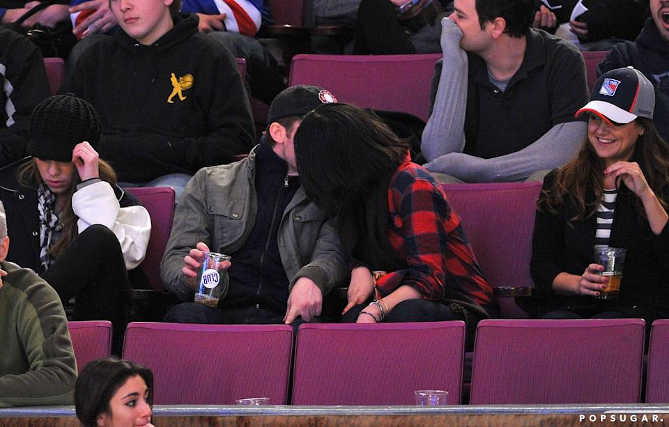 <p><span>Olivia and Matthew were the subjects of romance rumors</span> in February 2011 after they were spotted kissing at a hockey game in NYC. However, their romance fizzled out shortly after.</p>
