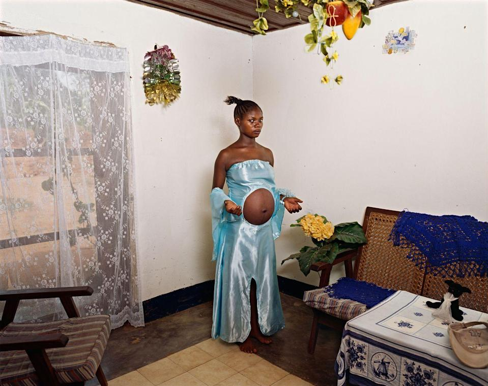 Photo credit: © Deana Lawson, Courtesy of Sikkema Jenkins & Co., New York and Rhona Hoffman Gallery, Chicag