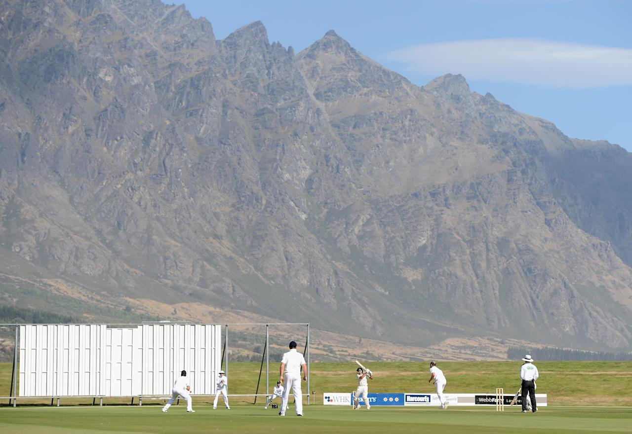 QUEENSTOWN, NEW ZEALAND - FEBRUARY 28:  General view of play infront of the Remarkables mountain range during day two of the International tour match between the New Zealand XI and England at Queenstown Events Centre on February 28, 2013 in Queenstown, New Zealand.  (Photo by Gareth Copley/Getty Images)