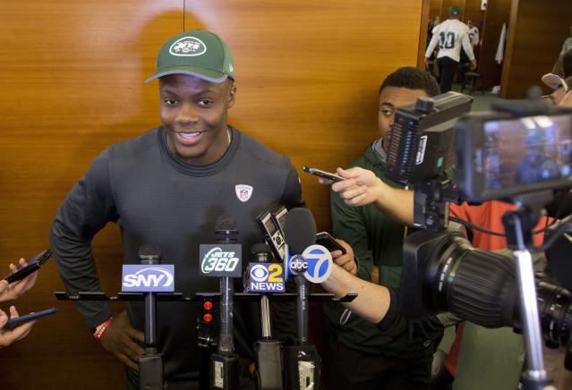 CORRECTS SPELLING TO TEDDY, INSTEAD OF TERRY - New York Jets quarterback Teddy Bridgewater talks to the media at the NFL football team's training camp Tuesday, June 12, 2018, in Florham Park, N.J. (AP Photo/Mark Lennihan)