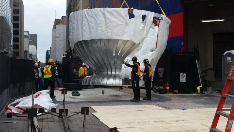 Monument to 'Lord Stanley's gift' arrives in Ottawa