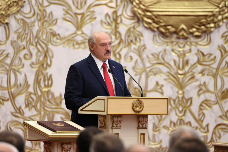 Canada will impose sanctions on Belarus president, other senior officials