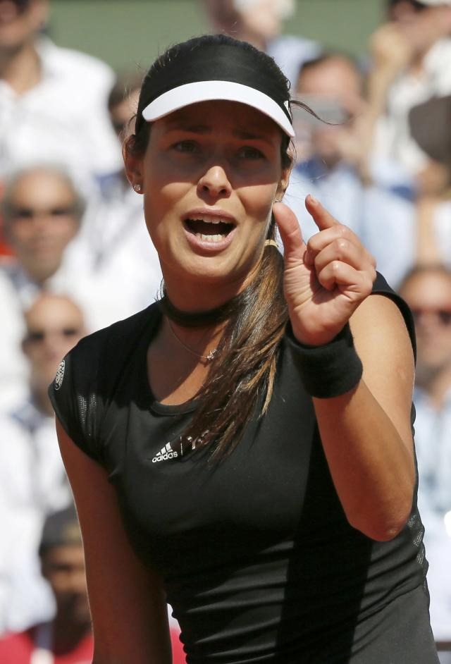 Ana Ivanovic of Serbia reacts during her women's semi-final match against Lucie Safarova of the Czech Republic at the French Open tennis tournament at the Roland Garros stadium in Paris, France, June 4, 2015. REUTERS/Gonzalo Fuentes