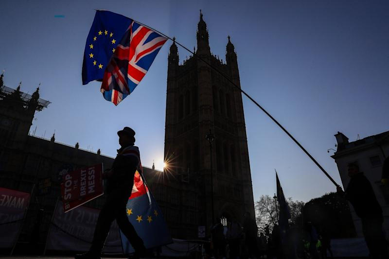 Brexit Deal in Sight as Negotiators Wrestle With the Details