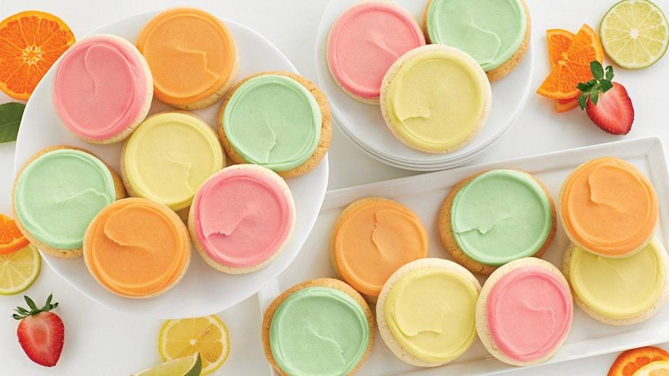 """<p>Sure, there aren't any bunnies or Easter eggs here, but the lively frosting colors practically scream, """"Spring is here!""""</p><p><a class=""""link rapid-noclick-resp"""" href=""""https://go.redirectingat.com?id=74968X1596630&url=https%3A%2F%2Fwww.1800flowers.com%2Fvirtual-backgrounds&sref=https%3A%2F%2Fwww.goodhousekeeping.com%2Fholidays%2Feaster-ideas%2Fg35822780%2Feaster-zoom-backgrounds%2F"""" rel=""""nofollow noopener"""" target=""""_blank"""" data-ylk=""""slk:DOWNLOAD HERE"""">DOWNLOAD HERE</a><br></p>"""
