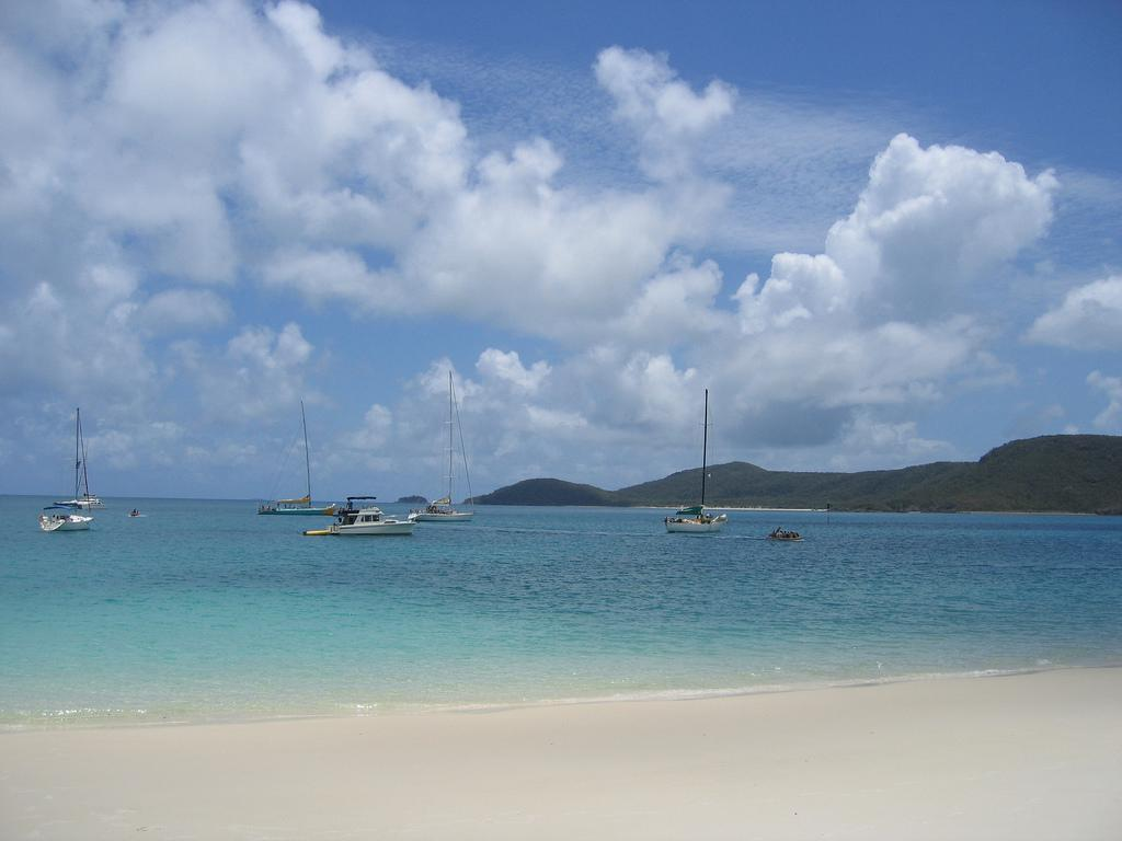 3 - Whitehaven Beach, Queensland by Paul Morrison/Flickr/Creative.Commons<br />http://www.flickr.com/photos/psmorrison/