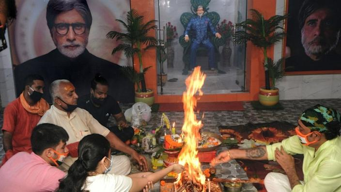 Well-wishers have been praying for Amitabh Bachchan