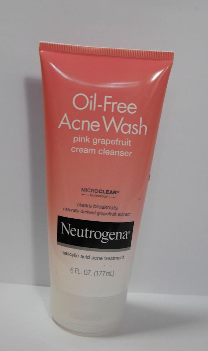 """When it comes to face washing, Saedi said sometimes she thinks people wash their faces too many times a day. &ldquo;There&rsquo;s no set standard,&rdquo; she said, &ldquo;but I&rsquo;d suggest a max of twice a day.&rdquo; Saedi personally uses and recommends the Neutrogena Pink Grapefruit line.&lt;br&gt;&lt;br&gt;<br>Saedi likes this face wash because it has salicylic acid, which helps break up things that clog your pores. &ldquo;I feel like the grapefruit kind of brightens your skin a bit,&rdquo; she added.&lt;br&gt;&lt;br&gt;&nbsp;<a href=""""https://www.neutrogena.com/skin/pink-grapefruit-acne-face-wash-and-cleanser-with-vitamin-c-and-salicylic-acid/6805365XX.html"""" rel=""""nofollow noopener"""" target=""""_blank"""" data-ylk=""""slk:Neutrogena Pink Grapefruit Cream Cleanser"""" class=""""link rapid-noclick-resp""""><strong>Neutrogena Pink Grapefruit Cream Cleanser</strong></a><strong>, $9</strong>"""