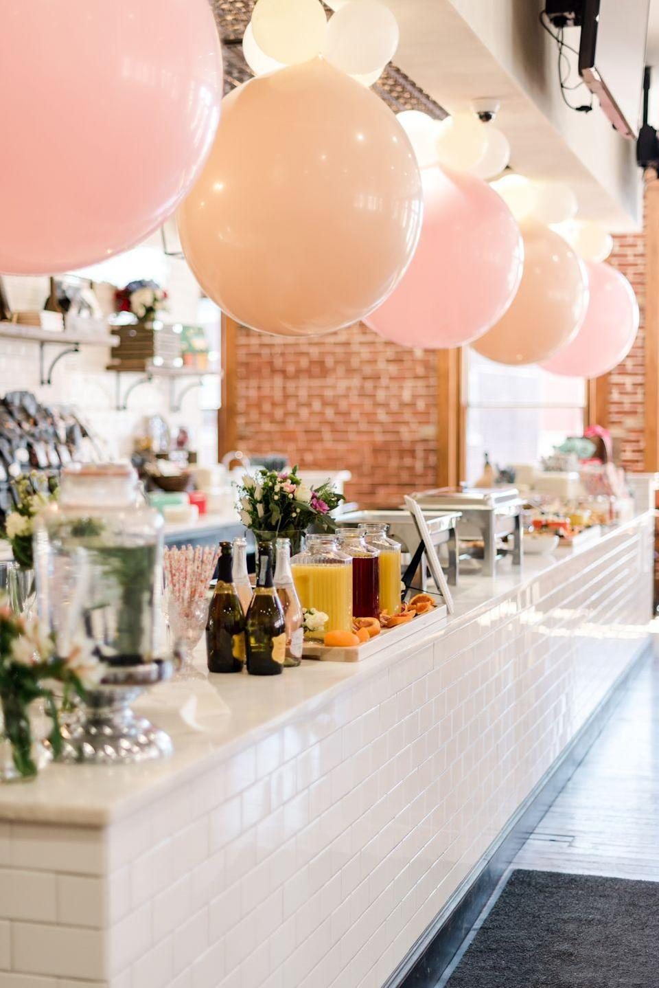 <p>The Merc Bakery had never looked so dreamy! (We should have a mimosa bar all the time.)</p>