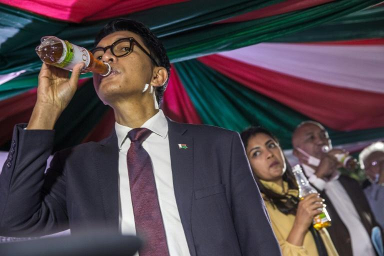 Madagascar's President Andry Rajoelina has boosted a locally-made herbal drink as a Covid-19 remedy