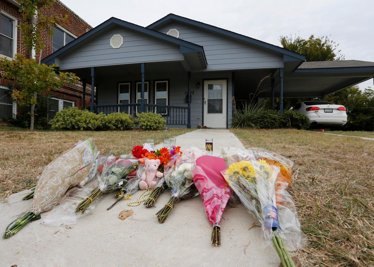 Texas officer who shot woman in her home sometimes had 'tunnel vision,' review says