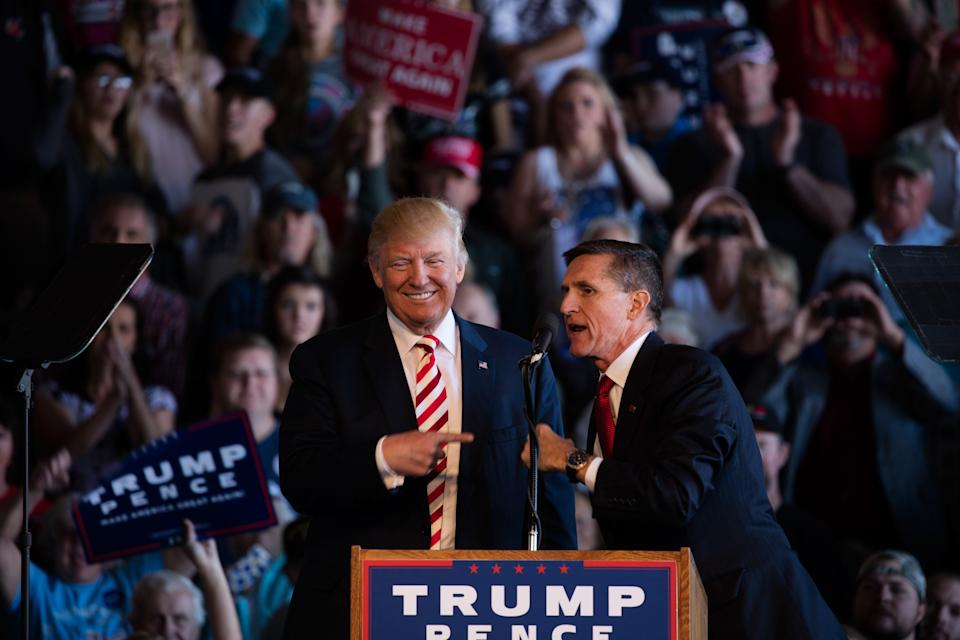 """<h1 class=""""title"""">Donald Trump and General Michael Flynn</h1><cite class=""""credit"""">David Hume Kennerly/Getty Images</cite>"""