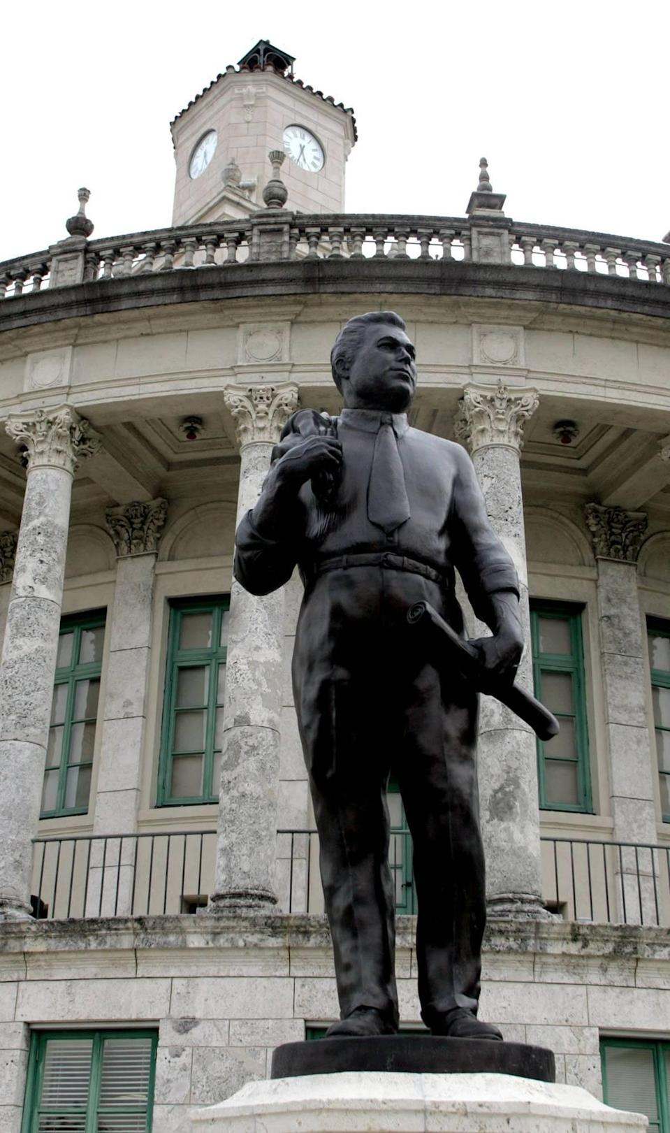 The new George Merrick statue by sculptor William Beckwith was unveiled in May of 2006 at Coral Gables City Hall.