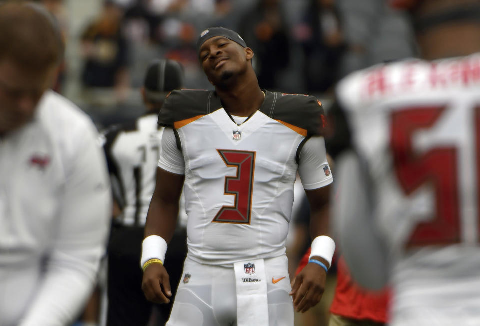 Jameis Winston is no longer sidelined, and his upcoming schedule is basically a layup line. (AP Photo/David Banks)