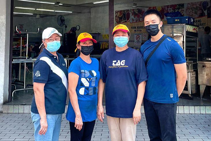 Family business (left to right): Lily Chang, Alice Chang, Chang Sok Kheng and John Ho standing in front of Kedai Makan Besty Best in Sri Gombak.
