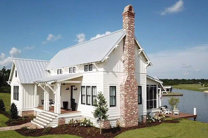 """<p>The only feature that rivals the long great room and kitchen? The double-doors that open onto the matching screen porch.</p> <p>2 bedroom and 2 bath<br /> 1,611 square feet<br /><strong><a href=""""http://houseplans.southernliving.com/plans/SL2004"""" target=""""_blank"""">See Plan: Hawthorn Cottage</a></strong></p>"""