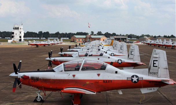 PHOTO: T-6B Texan II training aircraft assigned to Training Wing (TRAWING) 5 from Pensacola, Fla., are staged on the tarmac at Millington Regional Jetport. (Mc3 Ty C. Connors/U.S. Navy)