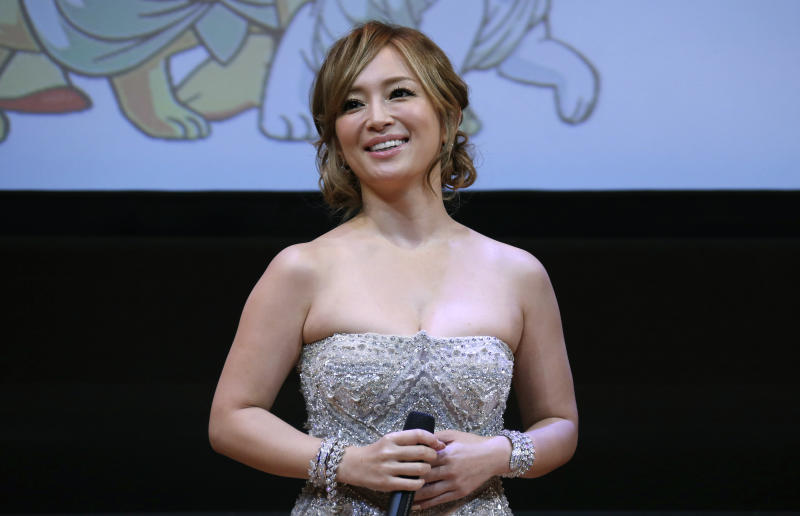 "Japanese singer Ayumi Hamasaki attends the world premiere of manga film ""Buddha 2"" at the Louvre museum in Paris January 27, 2014. REUTERS/Gonzalo Fuentes (FRANCE - Tags: ENTERTAINMENT)"