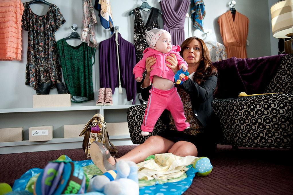 "Carly Prince as Amy and Maya Rudolph as Ava in ""Up All Night."""