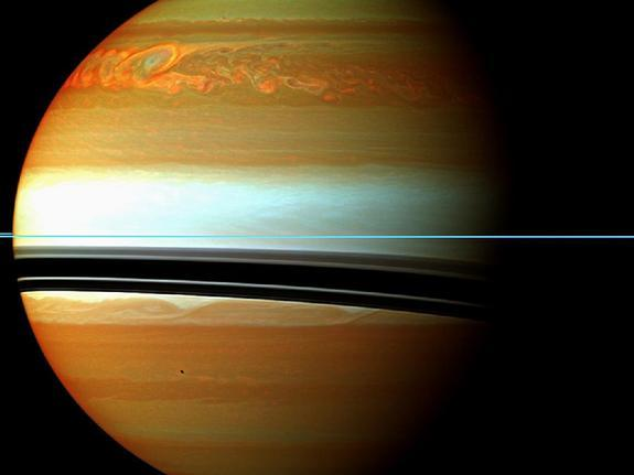 Daytime Lightning on Saturn Spotted by Cassini Spacecraft