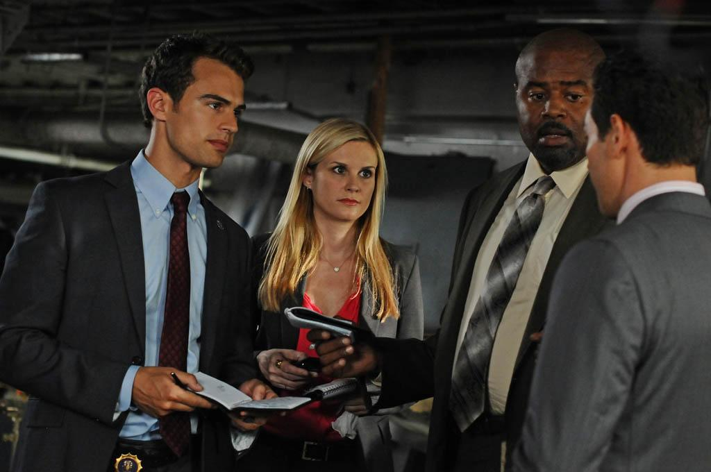 """The Price of Revenge"" -- (L-R) Clark (Theo James), Mackenzie (Bonnie Somerville), Owen (Chi McBride) and Arroyo (Kevin Alejandro) work a case together on ""Golden Boy."""