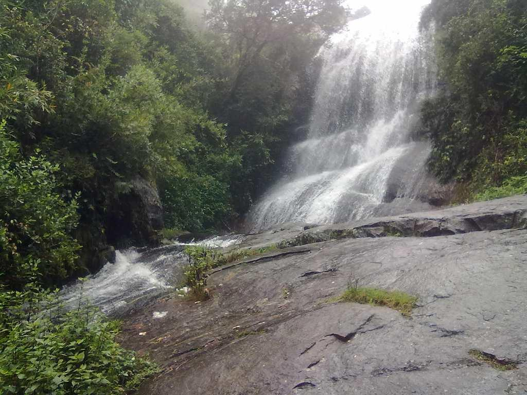 "Bear Shola falls in Kodaikanal, Tamil Nadu is a popular picnic spot.<br>By <a target=""_blank"" href=""https://www.flickr.com/photos/90189726@N02/"">jtnan</a>/ Flickr"