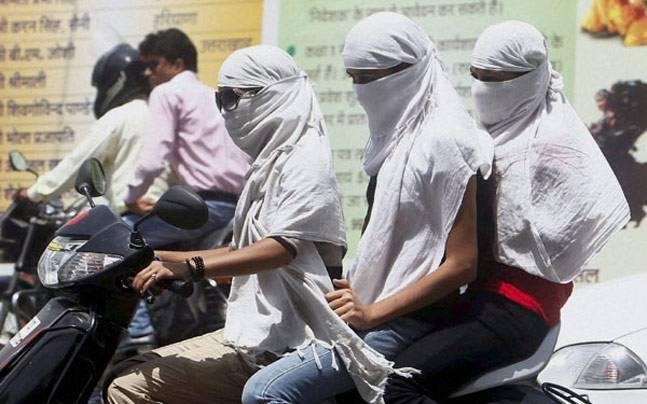 Delhi begins to feel the heat early this year