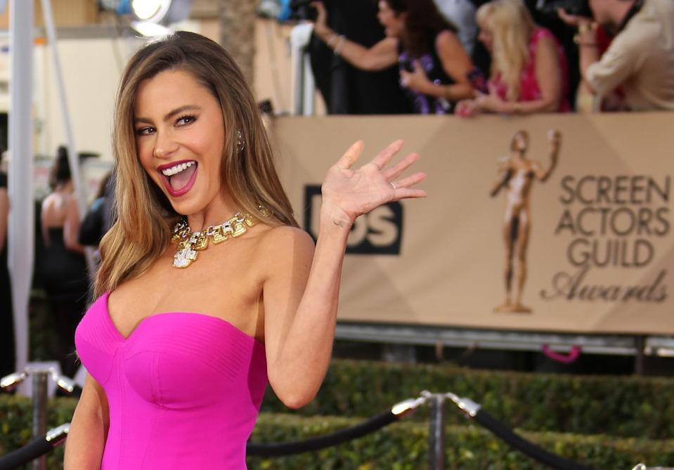 "Although Colombian actor Sofía Vergara <a href=""http://www.latina.com/entertainment/tv/ways-sofia-vergara-portrays-stereotype-modern-family"" rel=""nofollow noopener"" target=""_blank"" data-ylk=""slk:has been criticized"" class=""link rapid-noclick-resp"">has been criticized</a> for perpetuating Latinx stereotypes on screen, she's brought change to the <em>Modern Family</em> set by <a href=""https://en.emedemujer.com/trending/celebridades/sofia-vergara-shes-changed-latino-representation-television/"" rel=""nofollow noopener"" target=""_blank"" data-ylk=""slk:educating the screenwriters and producers"" class=""link rapid-noclick-resp"">educating the screenwriters and producers</a> about Latinx culture. Doing this, she says, has helped better inform her character and help more accurately portray a Latinx person on screen."