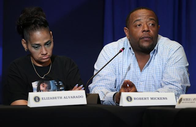 "<span class=""s1"">Elizabeth Alvarado and Robert Mickens, whose daughter, Nisa Mickens, was killed by MS-13 gang members, at the roundtable Wednesday. (Photo: Kevin Lamarque/Reuters)</span>"