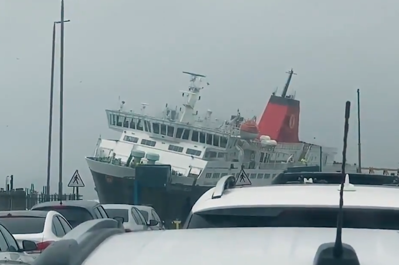 This CalMac ferry was buffeted by Storm Dennis: Twitter/Stuart Bell