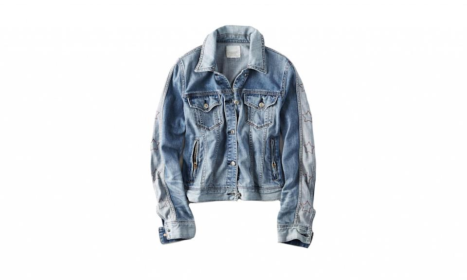 """<p>American Eagle, despite the word """"American"""" in its name and its patriotic-themed clothing, does not produce its clothing in the United States. Instead, many of the fashion brand's factories are located in Asian countries like China. (Photo:<a href=""""https://www.ae.com/women-aeo-star-sleeve-jean-jacket-blue/web/s-prod/0381_2273_400?cm=sUS-cUSD&catId=cat6890016"""" rel=""""nofollow noopener"""" target=""""_blank"""" data-ylk=""""slk:American Eagle"""" class=""""link rapid-noclick-resp""""> American Eagle</a>) </p>"""